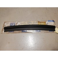 Rubber seal bonnet 3467305 from '94 -'97 NOS Volvo 440, 460