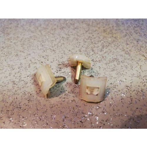 Clip molding molding 1246598 NOS Volvo 240, 260