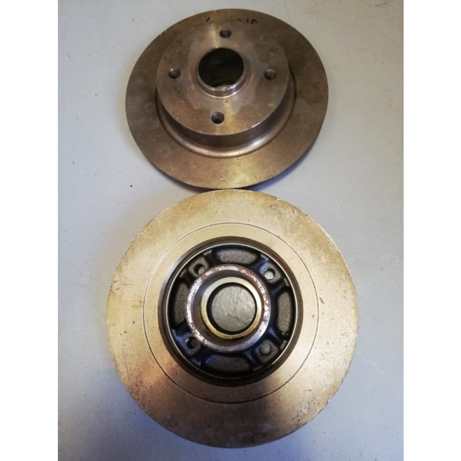 Brake disc rear axle solid with wheel hub 3430032 NOS Volvo 440, 460, 480