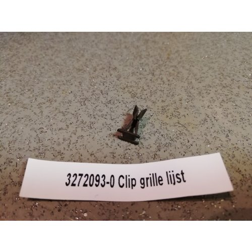 Clip clamp grille molding 3272093-0 NOS DAF, Volvo 66