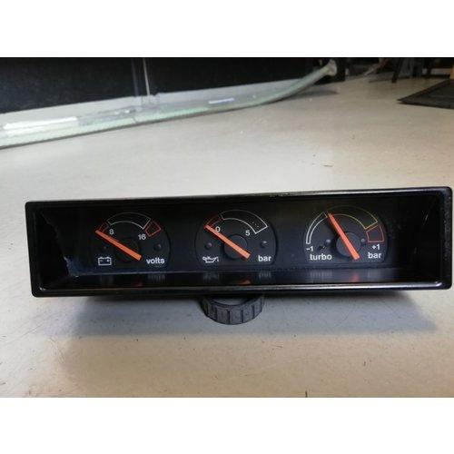 Voltmeter oil pressure meter and turbo pressure meter 3342978 Volvo 480