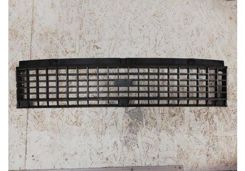 Grille  3272685 NOS Volvo 66DL
