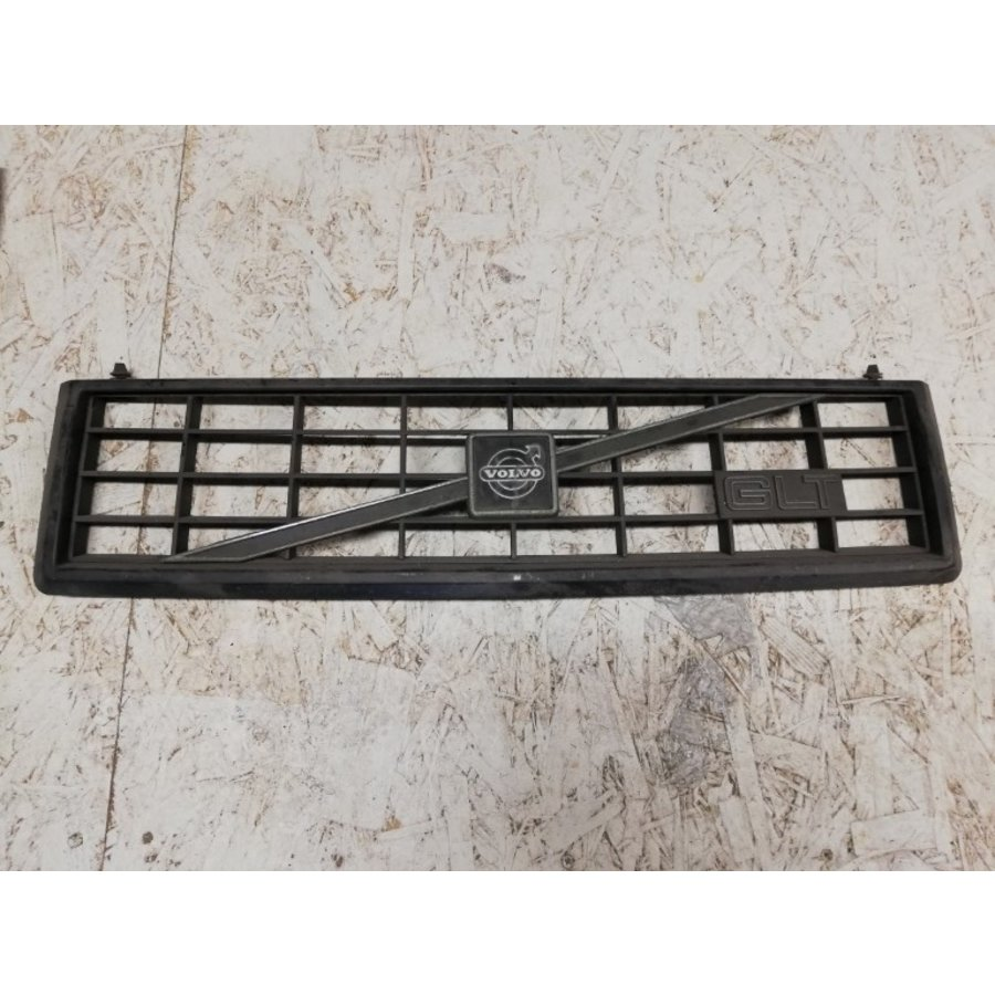 Radiator grille black GLT 3297064-2 / 3203301-1 uses Volvo 360