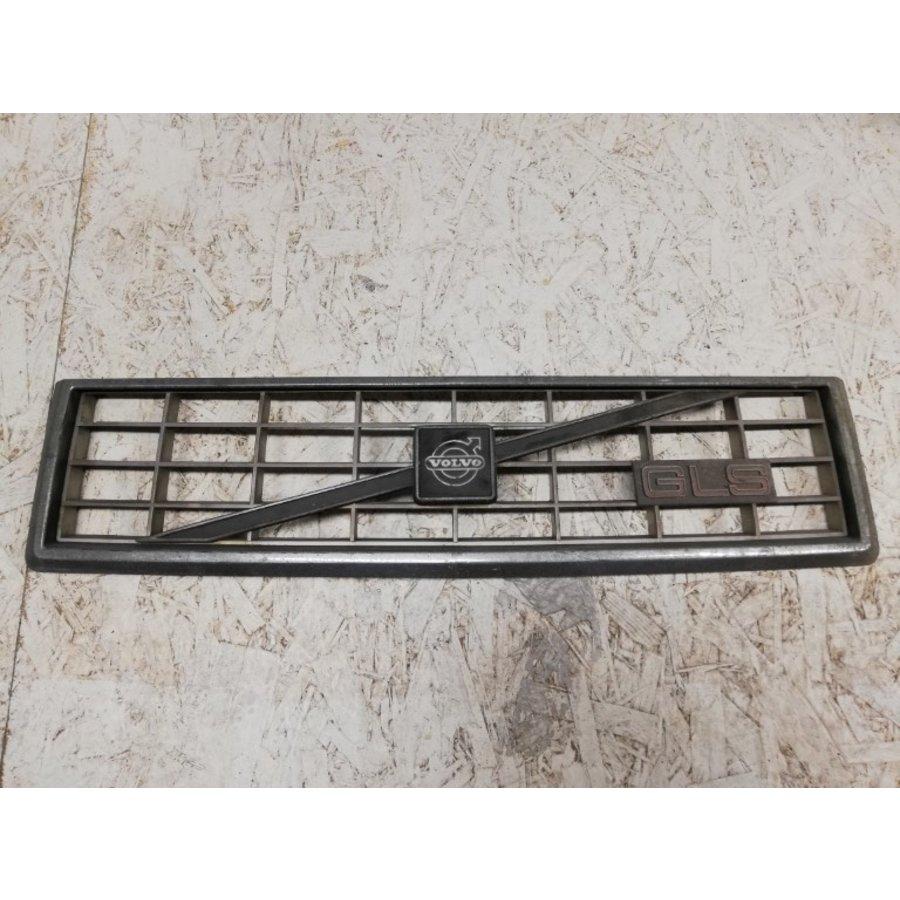 Radiator grille chrome frame GLS 3297062-6 / 3203299-7 uses Volvo 360