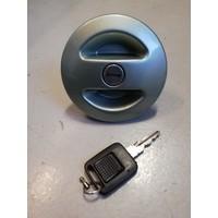 Fuel cap green metalic lockable 3207266 uses Volvo 340, 360