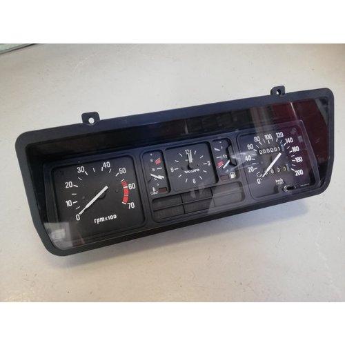 Speedometer unit GLT KM/H 'smiths' NOS Volvo 343, 340