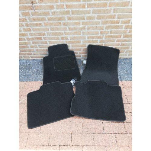 Mattenset 4-delig voetmatten stof vloermatten NIEUW Volvo 240, 260