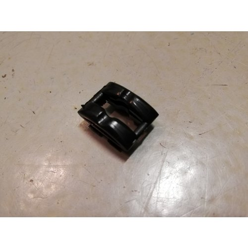Foot mounting clip motor plate 3923680 NOS Volvo 440, 460, 480