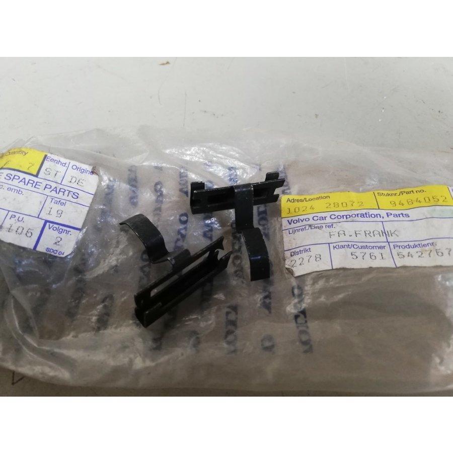 Sluit wig clip grille 9484052 NIEUW Volvo S60, S80, V70, V70 XC