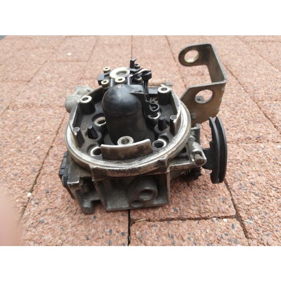 Gasklephuis B18U motor 3462777-8 gebruikt Volvo 440, 460