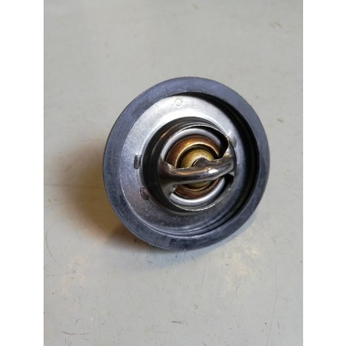 Thermostat 82 degrees 875580 NEW Volvo 200, 300, 700 and 900 series
