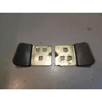 Beschermplaat slotvanger portiersluiting 3296580/3296581 gebruikt Volvo 340, 360