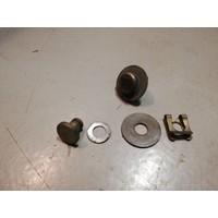 Bout met borging voor scharnier sluiting motorkap 3298948 gebruikt Volvo 340, 360