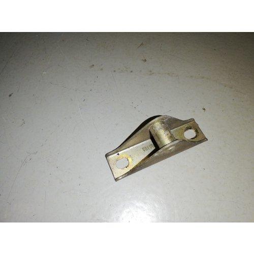 Motorkapsluiting vanger motorkap 3268526-5 gebruikt Volvo 340, 360