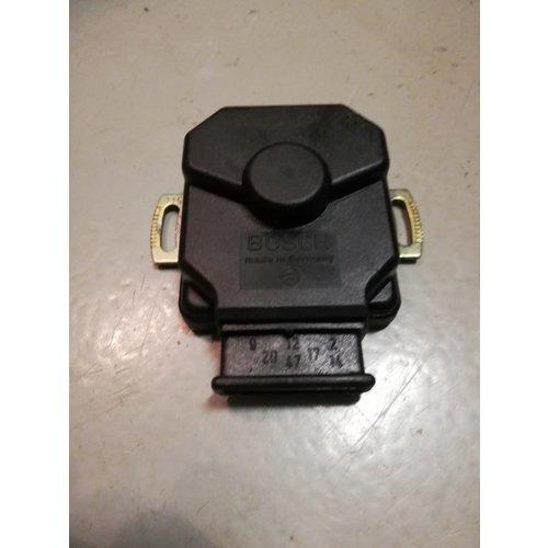 Gasklep positiesensor schakelaar Bosch  8350696 NOS Saab 99