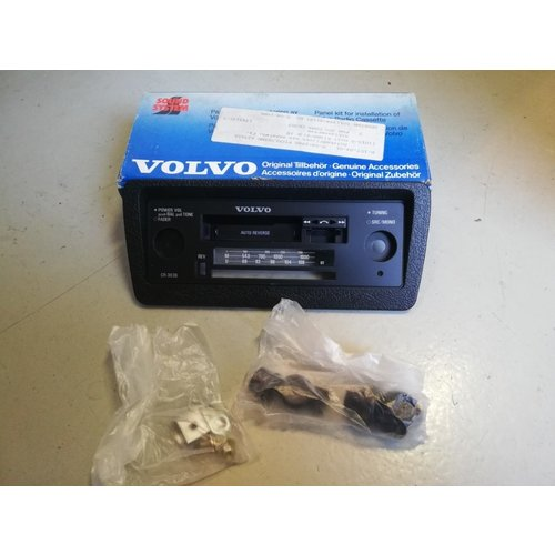 Radiopaneel frontpaneel CR-303 1343131-7 NOS Volvo 200, 300, 700  serie