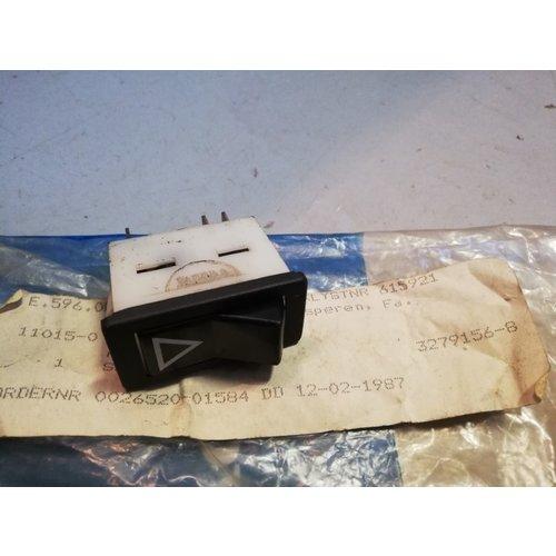 Schakelaar gevarenverlichting 3279156-8 NOS DAF 66, Volvo 66