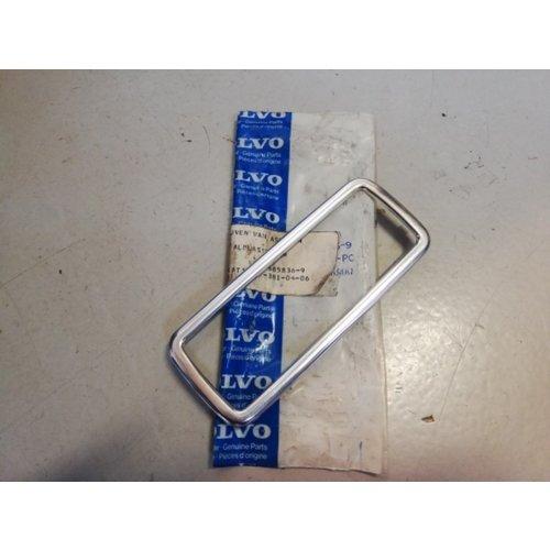 Frame edge around door handle outside 685836-9 NOS Volvo 240, 260