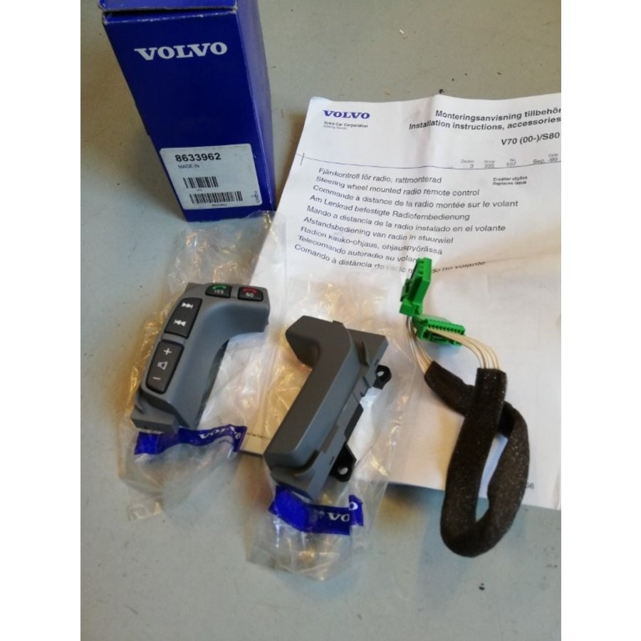 Remote control radio telephone in steering wheel 8633962 NOS Volvo S80, V70