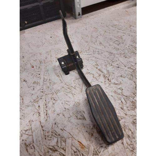 Accelerator pedal B19A/B21A engine 1229475 NOS Volvo 240