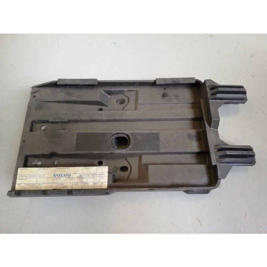 Battery box, battery holder 9133441 NOS Volvo 850