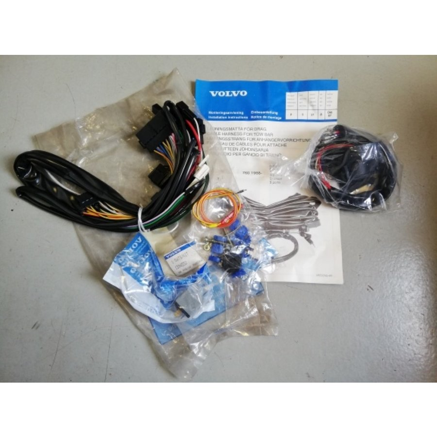 Cable set towbar 1394552 NOS Volvo 760