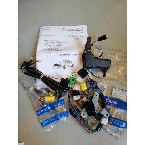 Mounting set Burglar Alarm guard 9124750 NOS Volvo 940, 960