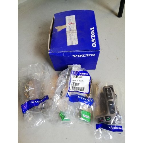 Schakelaar stuurwiel 8698314 NOS Volvo S80, V70, V70XC
