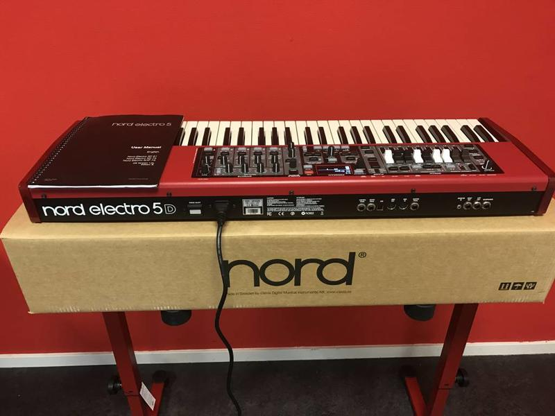 NORD Nord Electro 5D 61  NIEUW met GRATIS softbag