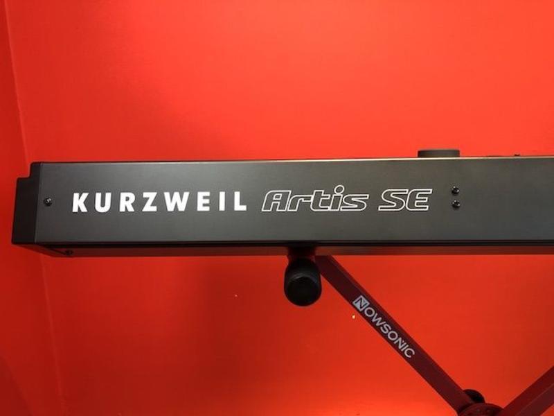 Kurzweil Artis SE (Jong gebruikt)