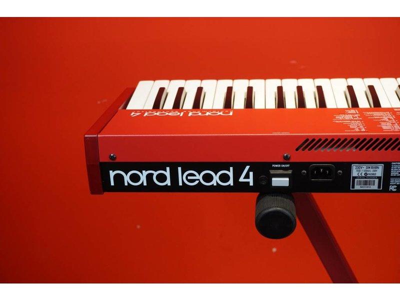 NORD Lead 4 (Jong Gebruikt)