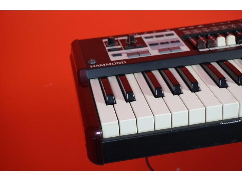 Hammond SK1 61 (jong gebruikt)