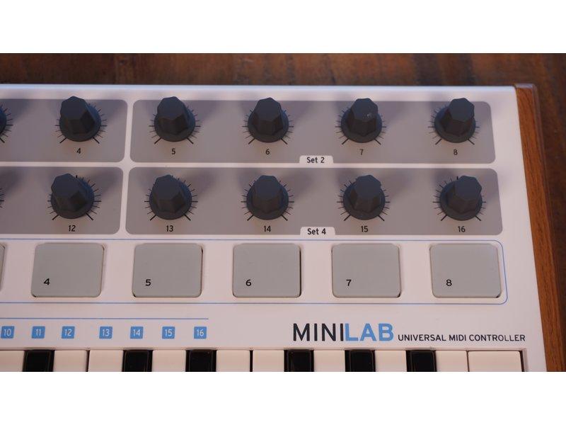 Arturia Minilab (B-stock)