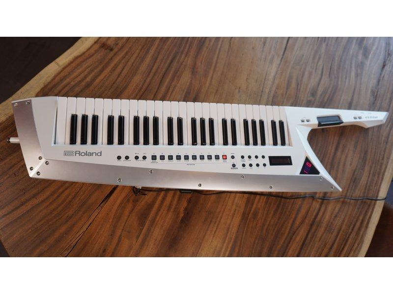 ROLAND AX Edge Keytar Wit (jong gebruikt)