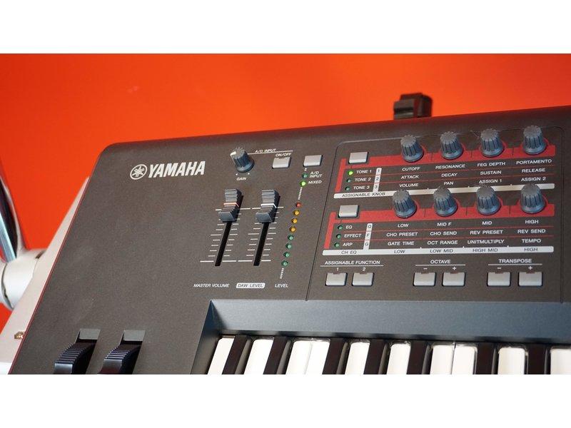 Yamaha MOXF6 (gebruikt)