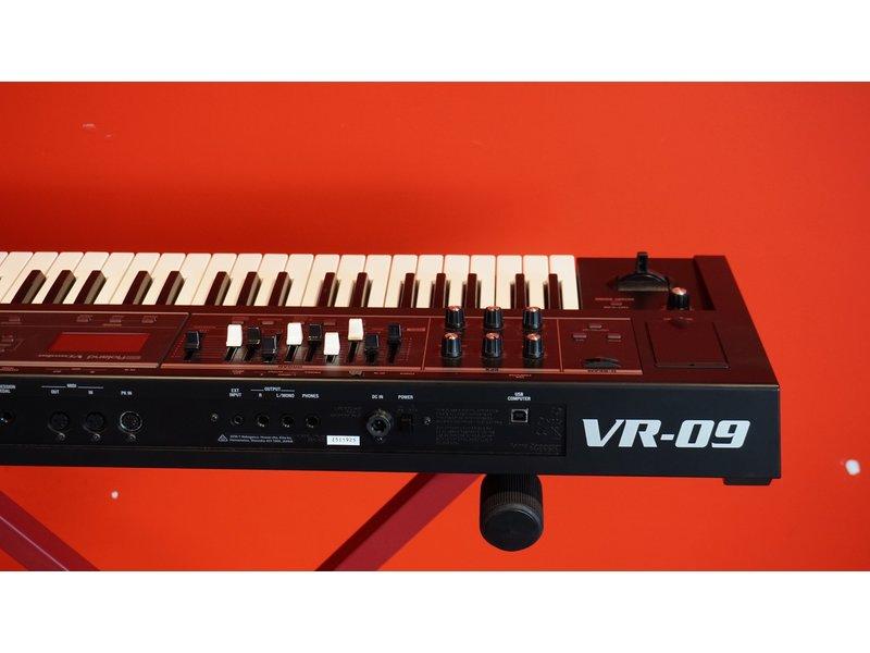 ROLAND  VR-09B (B-stock)