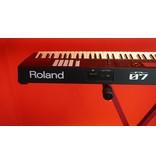 ROLAND  FA-07 (showroommodel)