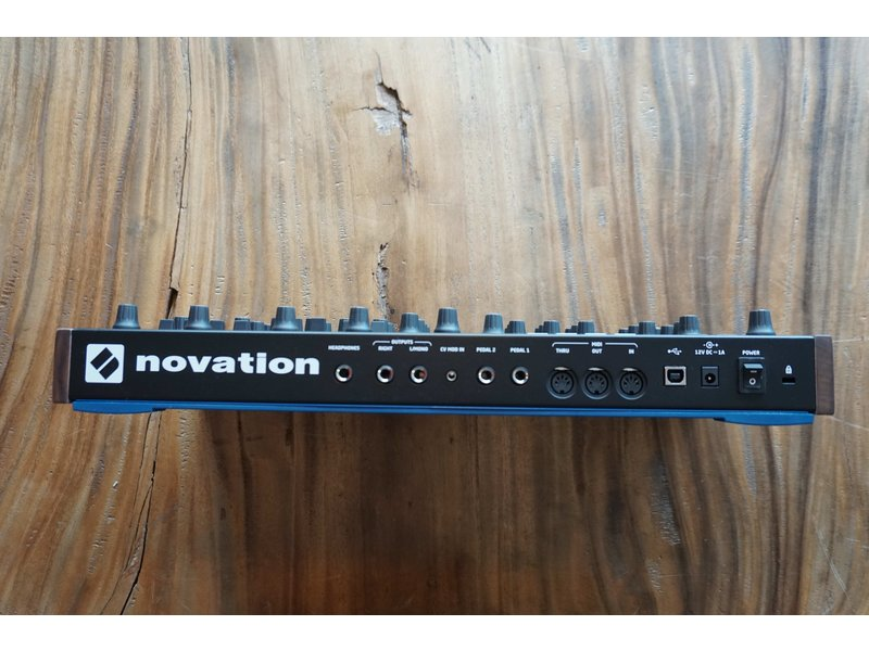 Novation Peak (B-stock)