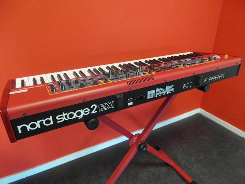 Nord Stage 2 EX HP76 (jong gebruikt)