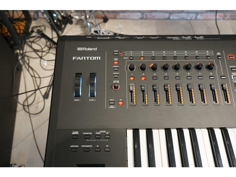 ROLAND Fantom 6 (B-stock)