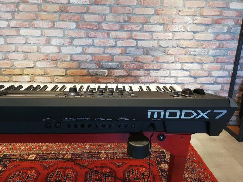 Yamaha MODX7 (B-stock)
