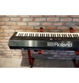 ROLAND RD2000 met SKB koffer (jong gebruikt)