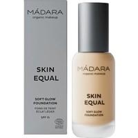 Skin Equal Foundation SPF15
