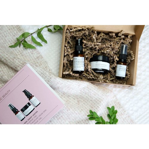 Evolve Beauty Discovery Box - Ageing Well