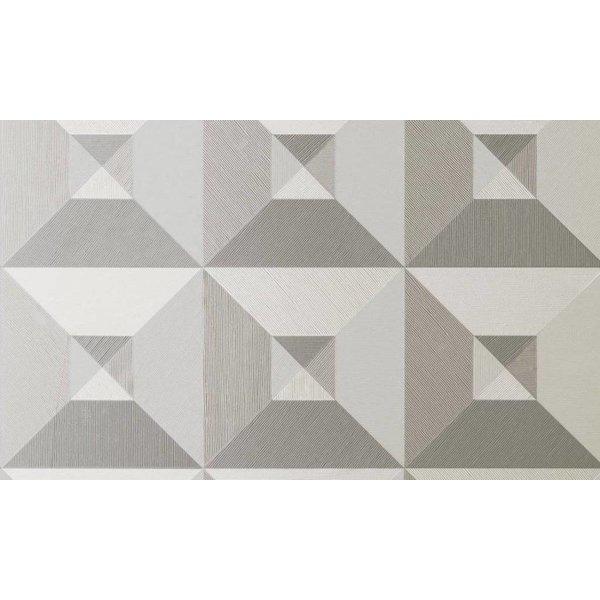 Pyramid 26500