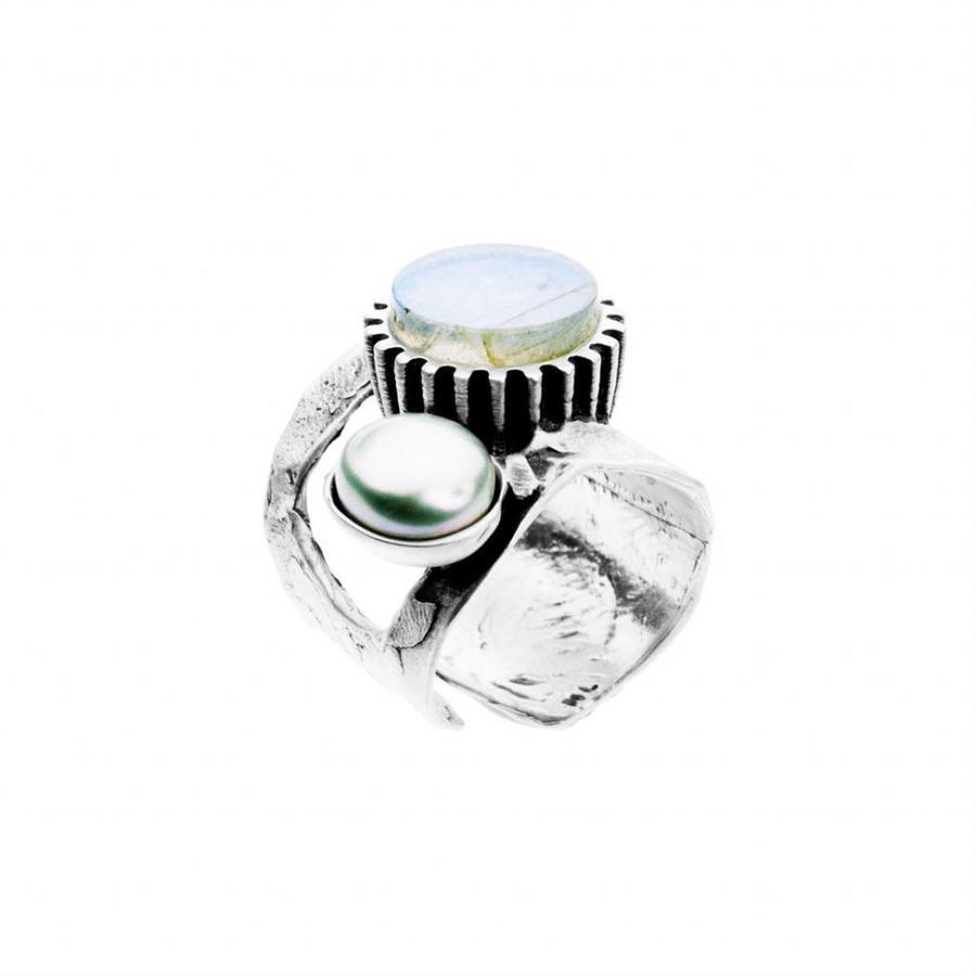 """Ring """"treasure island"""" M5437 Labradoriet en zoetwaterparel-1"""