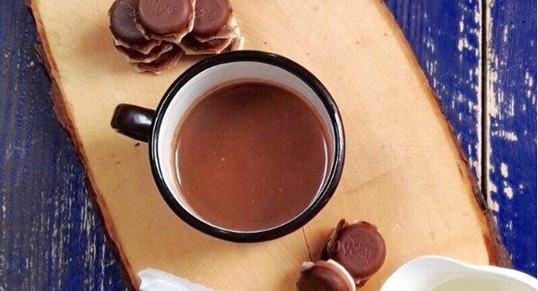 Warme chocolademelk maken in 3 simpele stappen