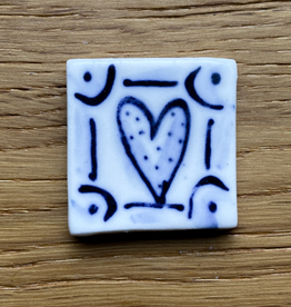 Small tile with heart 30x30mm