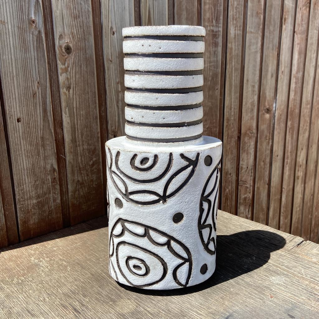 Handbuilt  embossed stoneware large vase in black clay with white stone glaze - 340mm tall