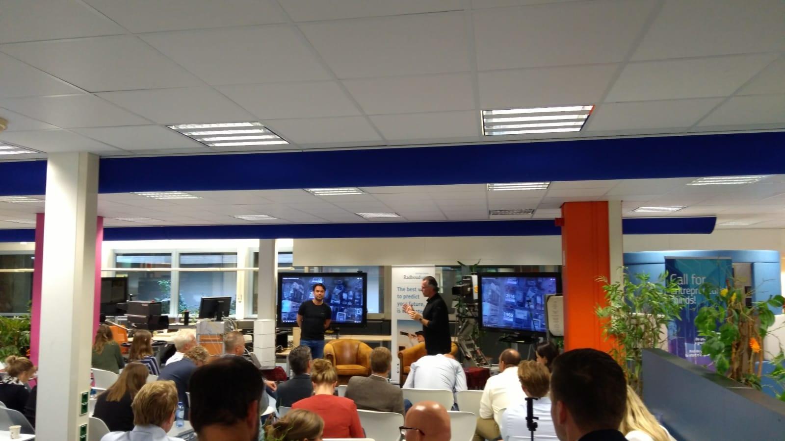 Lucien Engelen organized a health Tech update for Delloite at REshape RADBOUDUMC.